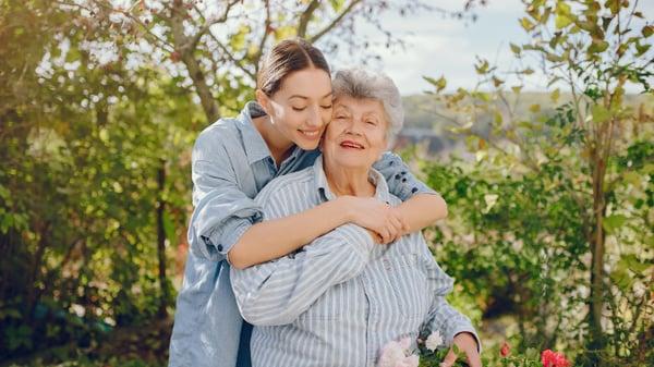 hug-your-relatives