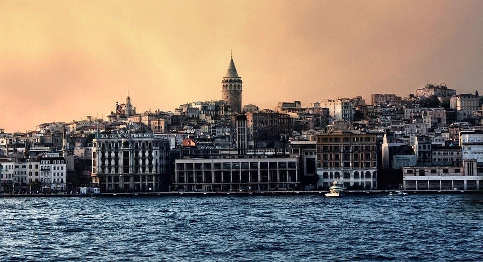 istanbul-1084458_960_720-min